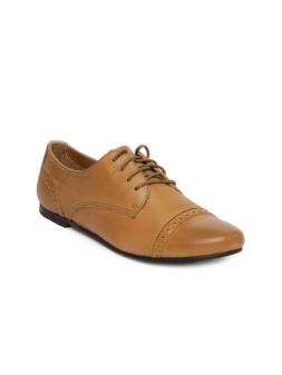 VAPH-Women-Brown-Victoria-Leather-Casual-Shoes_d585633b8c2ff605da4f60c4439ea415_images_mini (1)