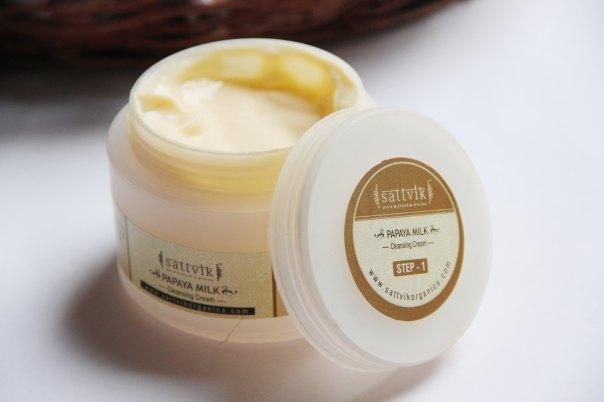 DIY Facial- Sattvik Papaya Cleansing Cream   mitzitup.com